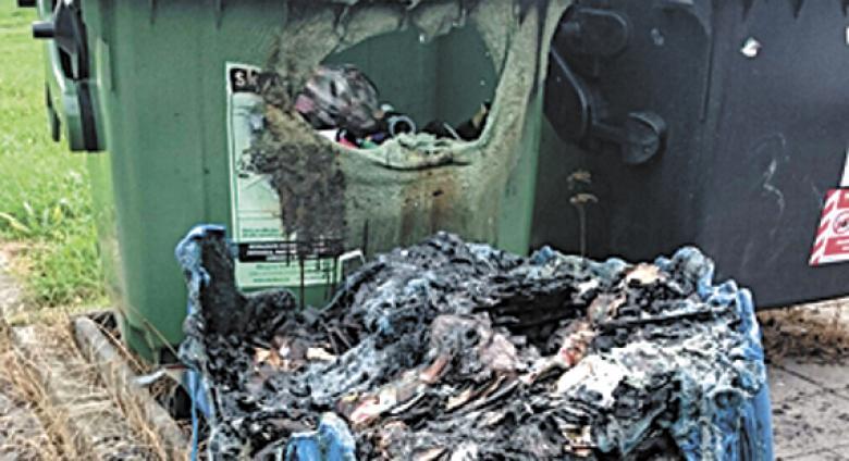 Komunální Odpad Jedenáct Hodin Do Útoku